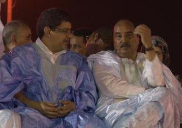 صورة تجمع الرئيسين سيدي محمد ولد محم و محمد ولد عبد العزيز