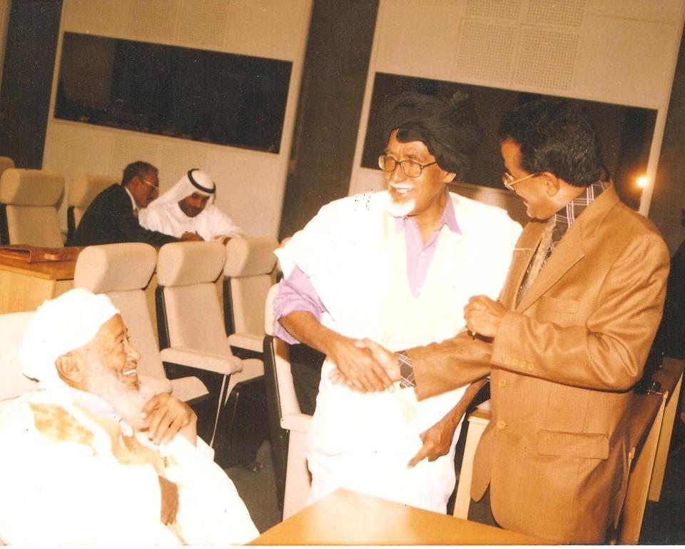 لمرابط: محمد سالم ولد عدود وفي معية الشاعران : ناجى محمد لمام وأحمدو ولد عبد القادر