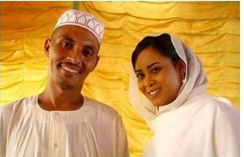 العريسان فيصل وآمنة