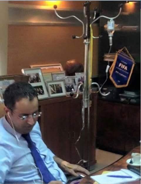 ولد لكور وهو مصر على العمل رغم المرض ـ شفاه الله وعافاه ـ