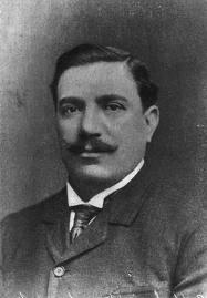 قائد الحملة الفرنسية : اكزافيير كبولاني