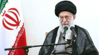 المرشد الأعلى الإيرانى : علي خامنئى