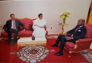 معالى السفير شيخن ولد النن وهو في ضيافة رئيس جمهورية غنيا بيساو