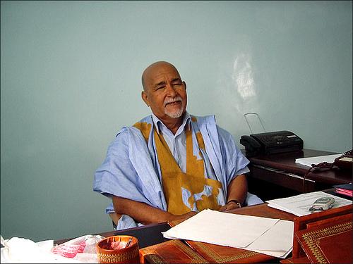 رئيس اللجنة الأولمبية الحالي الدكتور محمد محمود ولد أماه