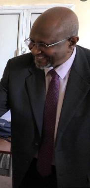 طارق عبد السلام  / المقال من إدارة شركة شنقينل في ظروف غامضة