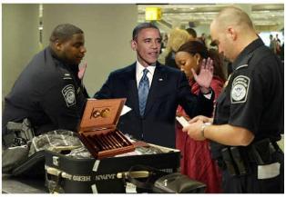 الرئيس باراك اوباما اثناء ايقاف الجماركله