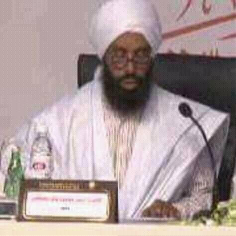 المدعو أحمد ولد حمود / الذي يدعو لشق عصا الطاعة ويهاجم وزير التوجيه الإسلامي