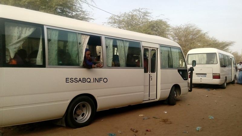 الباصات وهي تحمل عمال البرلمان