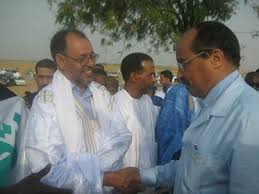 الوزير محمد معاوية في لقاء سابق مع الرئيس ولد عبدالعزيز