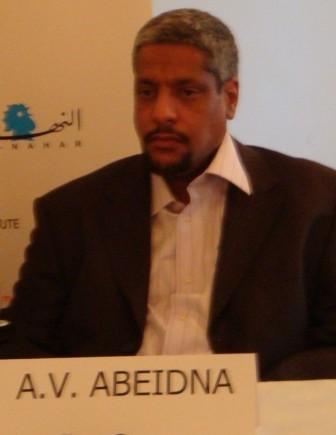 الماتب و الإعلامي / عبد الفتاح ولد اعبيدن