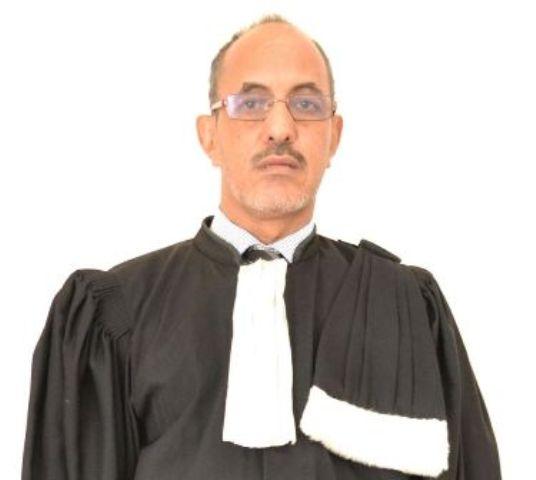 الأستاذ النقيب : الشيخ ولد حندى