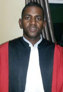 فضيلة القاضى هارون ولد إديقبي.