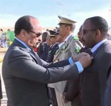 محمد فال ولد يوسف / اثناء توشيح الرئيس له في تخليد سابق لعيد الإستقلال الوطني