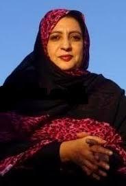 الأستاذة و الكاتبة والناشطة السياسية / منى منت الدّيْ