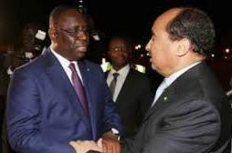 الرئيسين الموريتاني و السينغالي في لقاء سابق