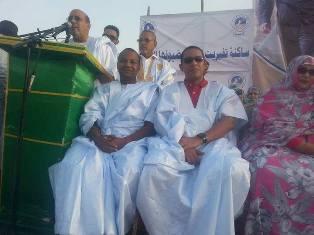 السياسي البارز  أحمدو ولد اياهي أثناء حديثه في مبادرة تفيريت